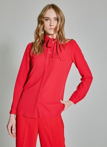 People By Fabrika Yaka Detaylı Gömlek Kırmızı